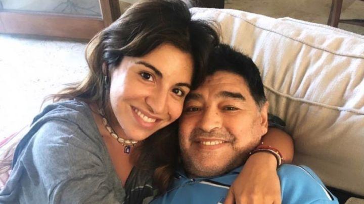 Reveladores chats de Gianinna Maradona con el psicólogo de Diego antes de su muerte - AS Argentina