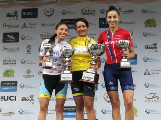 El podio final de la Vuelta a Colombia femenina