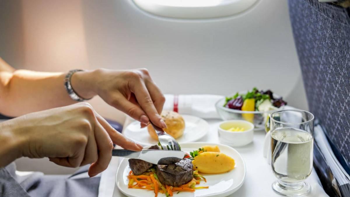 Resultado de imagen para comida de avion