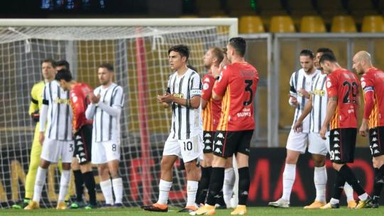 Diego Maradona dies: Juventus and Benevento halt game to pay tribute to Napoli great