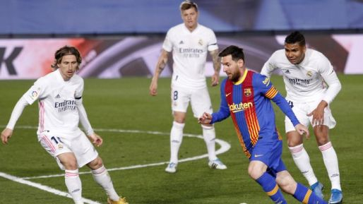 Messi agrees to new five-year Barcelona deal