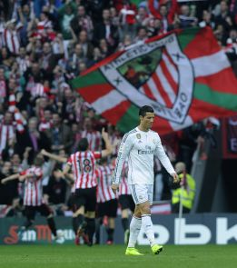 Athletic - Real Madrid (1-0): El Madrid se va de la Liga