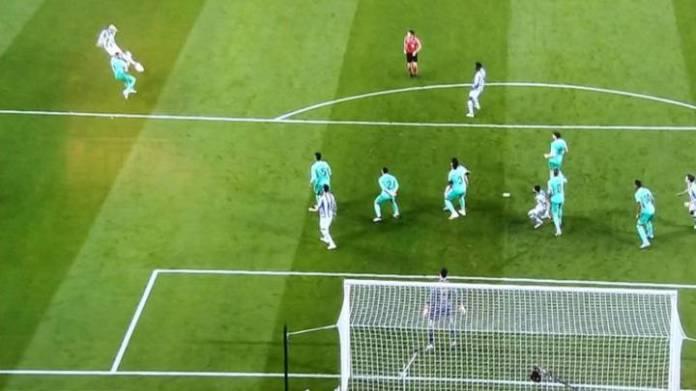 Jugada del gol anulado