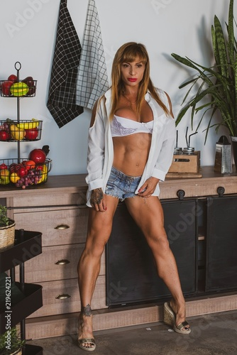 Healthy Lifestyle Among Sport People Sexy Mature American Fit Woman In Her Kitchen Great Ass Fashion Studio Shot Hot Bodybuilder Lady Cooking