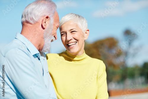 Date Older Man