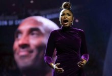 Photo of Jennifer Hudson delivers powerful tribute to Kobe Bryant at 2020 NBA All-Star Game
