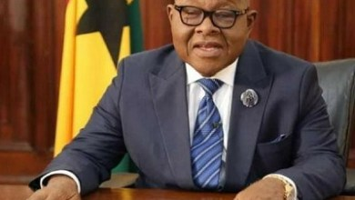 Photo of Speaker Oquaye directs MPs to stop inviting visitors to Parliament