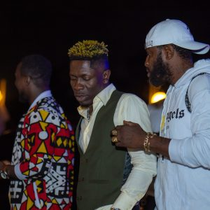 Elvis Crystal with Shatta Wale and assistant: Asaase Radio Rush Hour