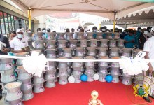 Low-fuel-use cookstoves