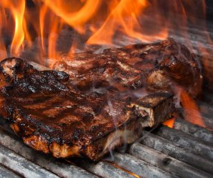 800 degrees grill at Asado's: best Steakhouse of Tyrol / TOP 10 of Austria