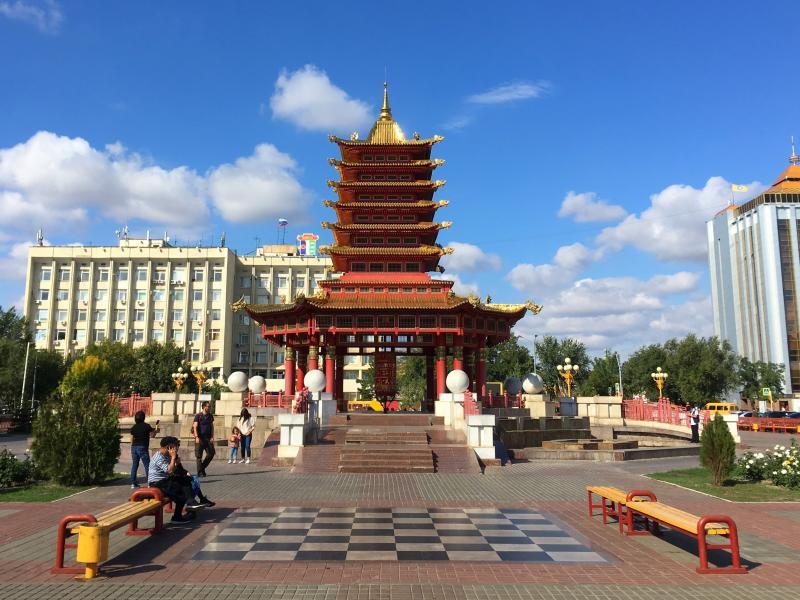 Plaza principal de Elistá
