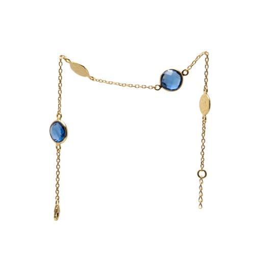 Armband Isabel Golden Bleu med guldpläterat silver och blå stenar av tillverkad kvarts likt safir och två hamrade plattor