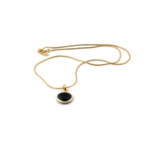 Halsband med sten av äkta svart onyx infattat i 18 k guldpläterat silver