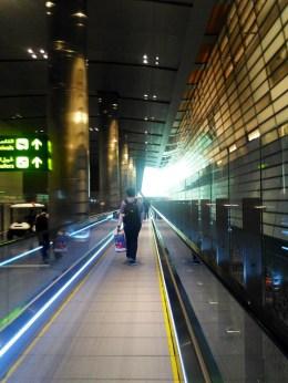 bandara qatar yang besar sekali