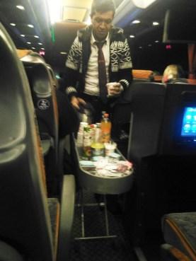 minuman-di-bus