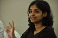 Preet Manjusha presents her research at the Refresher Institute