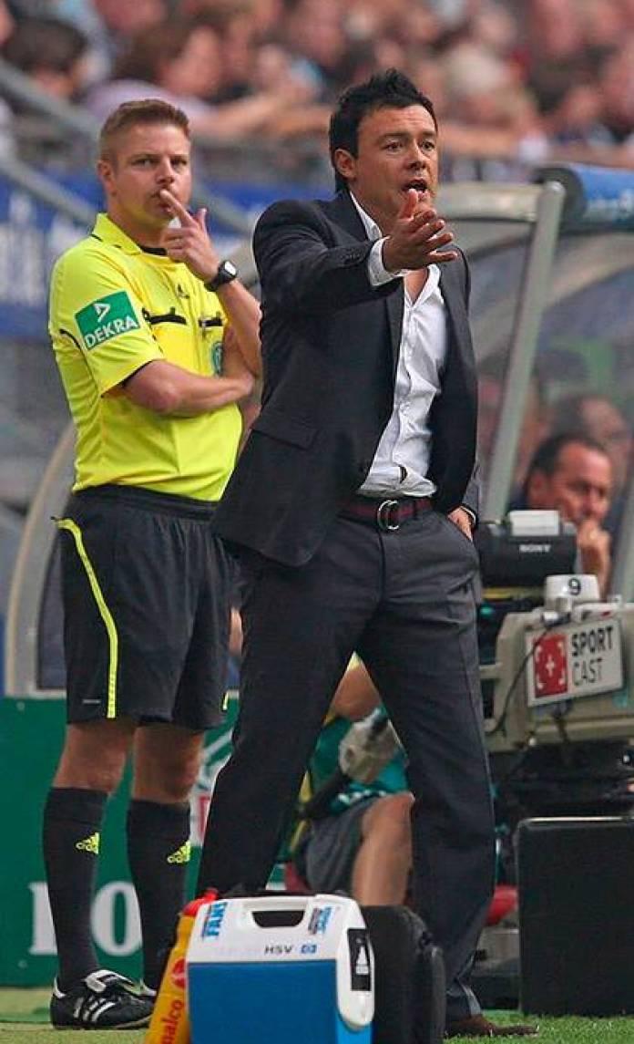 Rodolfo Cardoso was interim coach of Hamburg in 2011 and 2013, being the first Latino coach in Bundesliga history (@ rodolfo.cardoso_official)