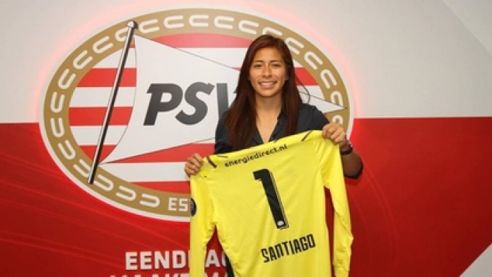 Cecilia Santiago, the PSV goalkeeper seeking to make way for Mexican women abroad (Photo: Instagram / @ceci_santiago)