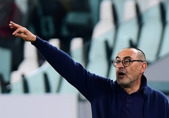Maurizo Sarri was angry at a press conference when he was told that he had not yet won anything in Italy (REUTERS / Massimo Pinca / File Photo)