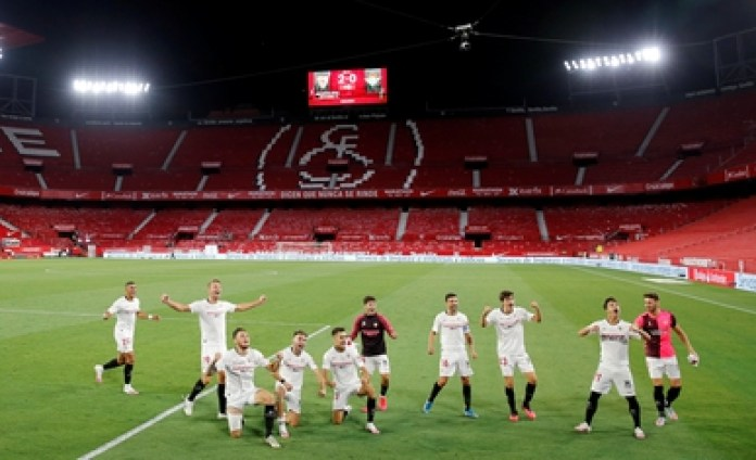 The Ramón Sanchez Pizjuan stadium lacked an audience due to the new protocol (Reuters)