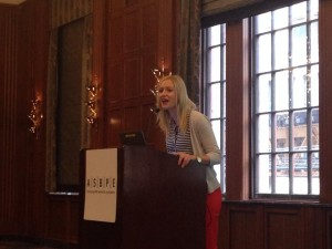 Chicago Chapter President Lindsey Dunn addresses the crowd