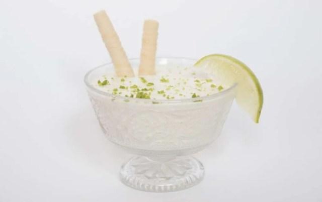 Mousse de lima con yogur