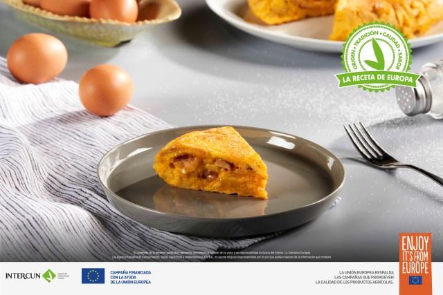 Tortilla de Patatas con Ternuras de Conejo