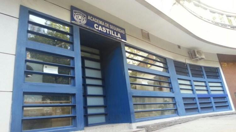 Fachada Frontal Academia