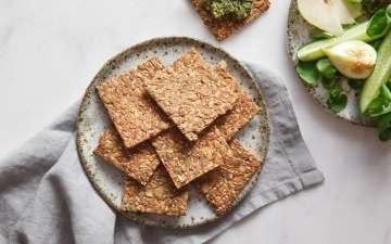 Speedy Super Seed Crackers