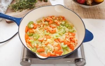 How to make a lentil shepherd's pie step by step: step 1