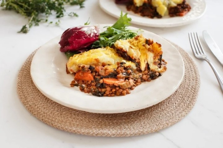 How to make a lentil shepherd's pie step by step: step 5
