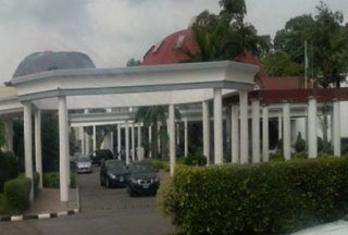 Coronavirus: Presidency restricts Villa coverage to 13 media houses 1