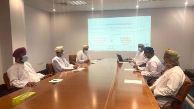 صورة اجتماع لجنة الشؤون البلدية بولاية مسقط