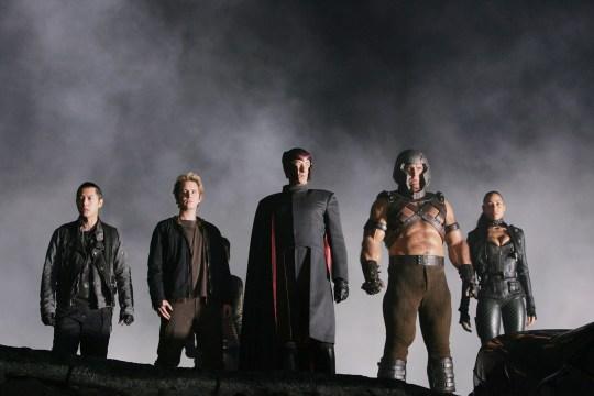 Magneto prepara un nuevo ejército