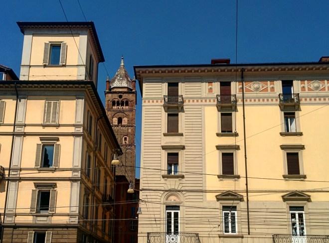 Bologna torre piazza maggiore