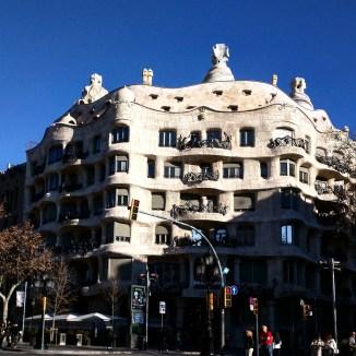 Fachada Casa Mila Barcelona 2