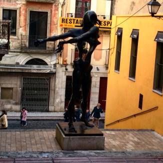 Teatro Museu Dalí estátuas