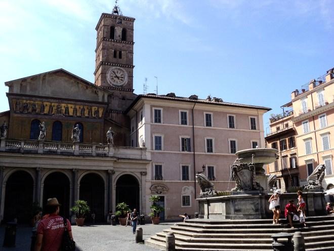 Santa Maria in Trastevere praças de Roma