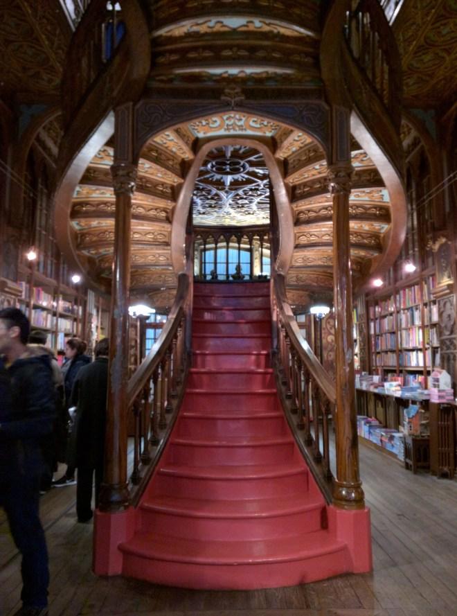 Livraria Lello portugal livrarias mais bonitas do mundo 6