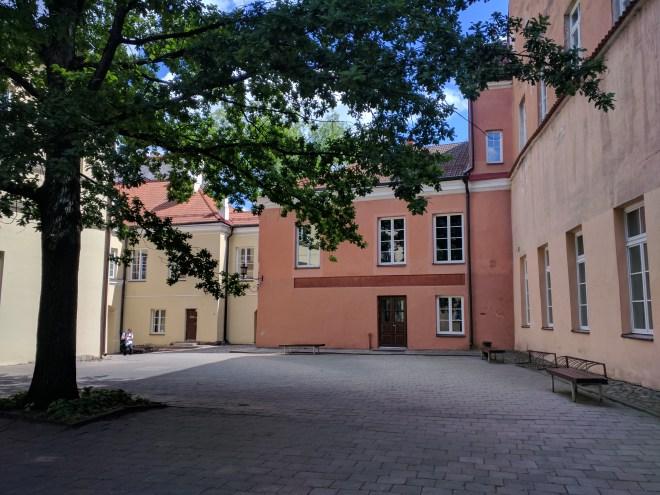 Universidade de Vilnius Lituania patio 3