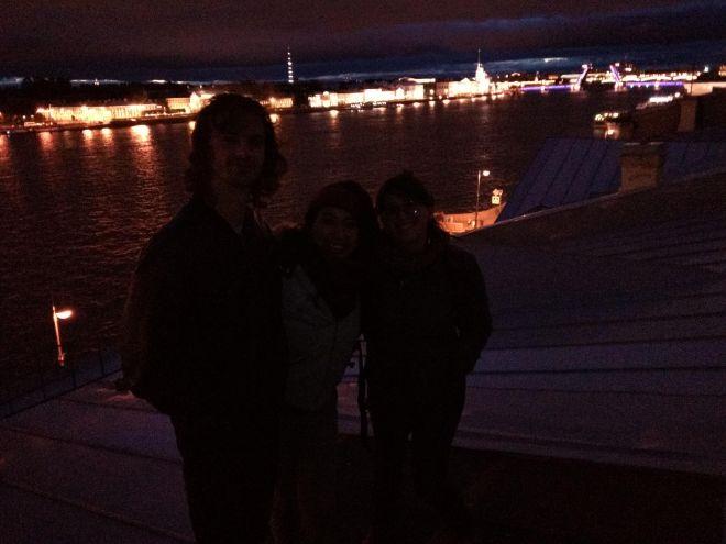 petersburgo telhado noites brancas vista