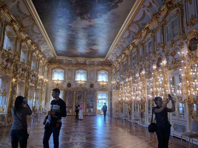 Petergof Russia Petersburgo palácio sala de espelhos
