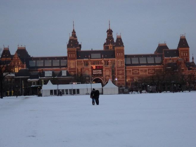 Amsterdam Rijksmuseum praça museus arte