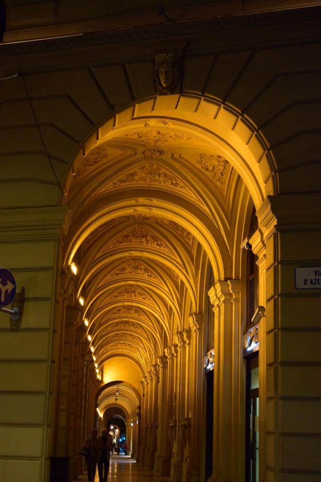 Bologna porticos via farini