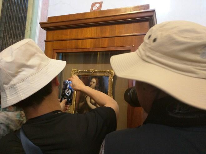 Hermitage pinacoteca sala leonardos com os filhos da puta que me empurraram
