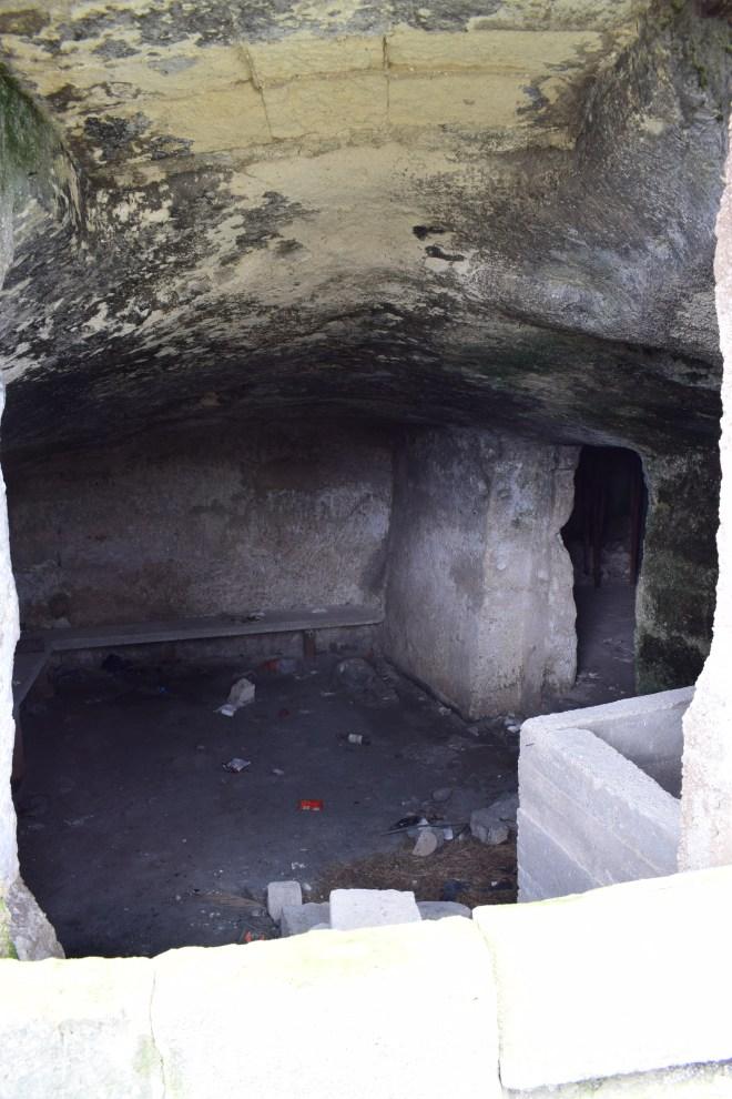 Matera sul itália caverna abandonada