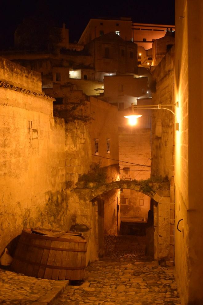 Matera sul itália ruas noite