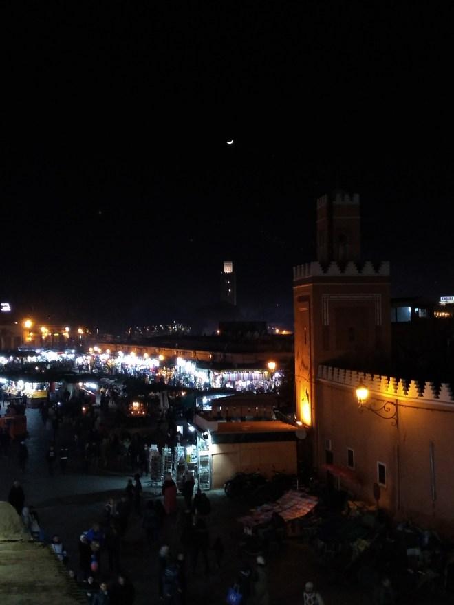 Marrocos Marrakech praça central djema el-fna noite
