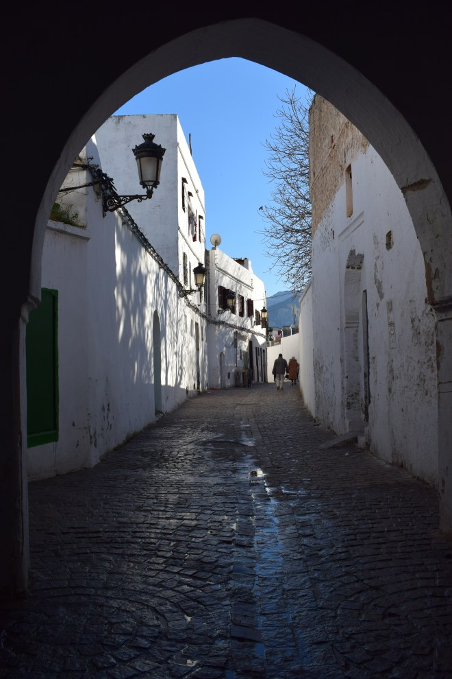 Marrocos Tetouan medina ruas brancas