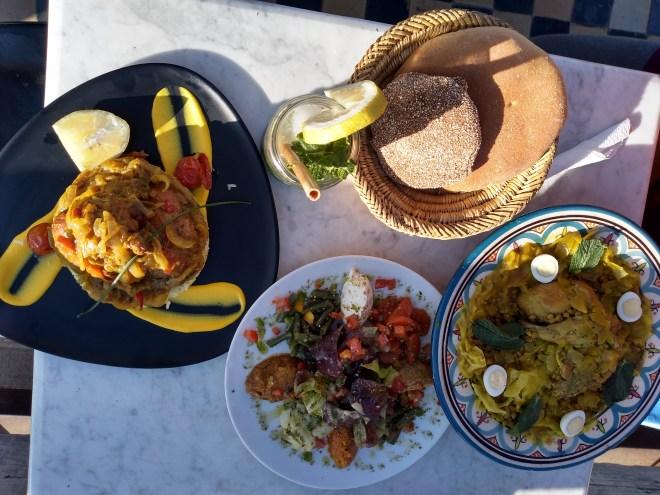 Marrocos comida típica provar yassa gunar rfissa